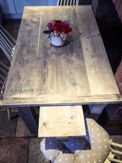 table extending end