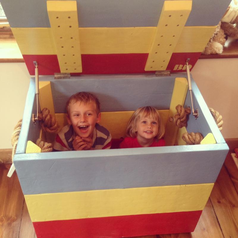 toy trunk kids