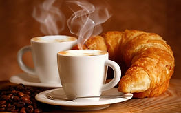 Caffè e croissant_Suite SPA_ViVi_Milano.