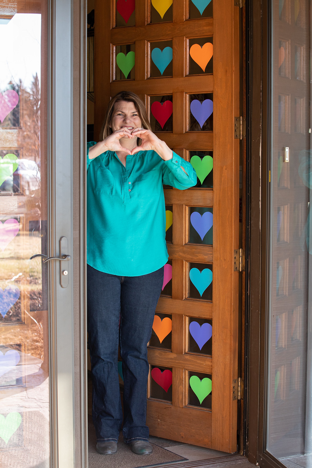 First Lady Jennie Gordon, paper hearts on door