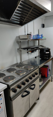 Hob, Oven and prep areas