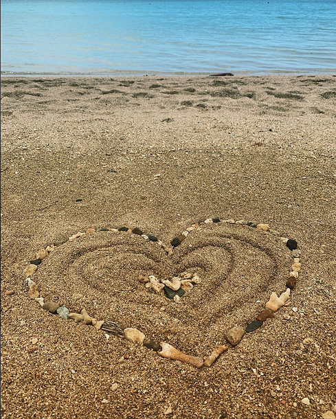 Beach heart.png