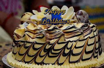 birthday-3771152_1920.jpg