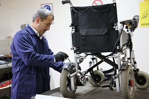 disabled-vehicle-3951813_1920.jpg