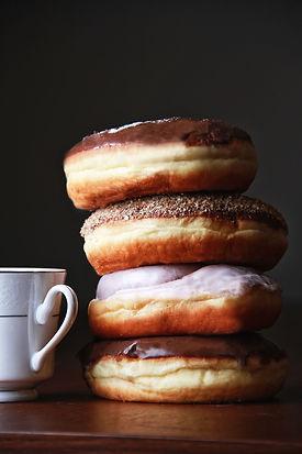 donuts-4046579_1920.jpg