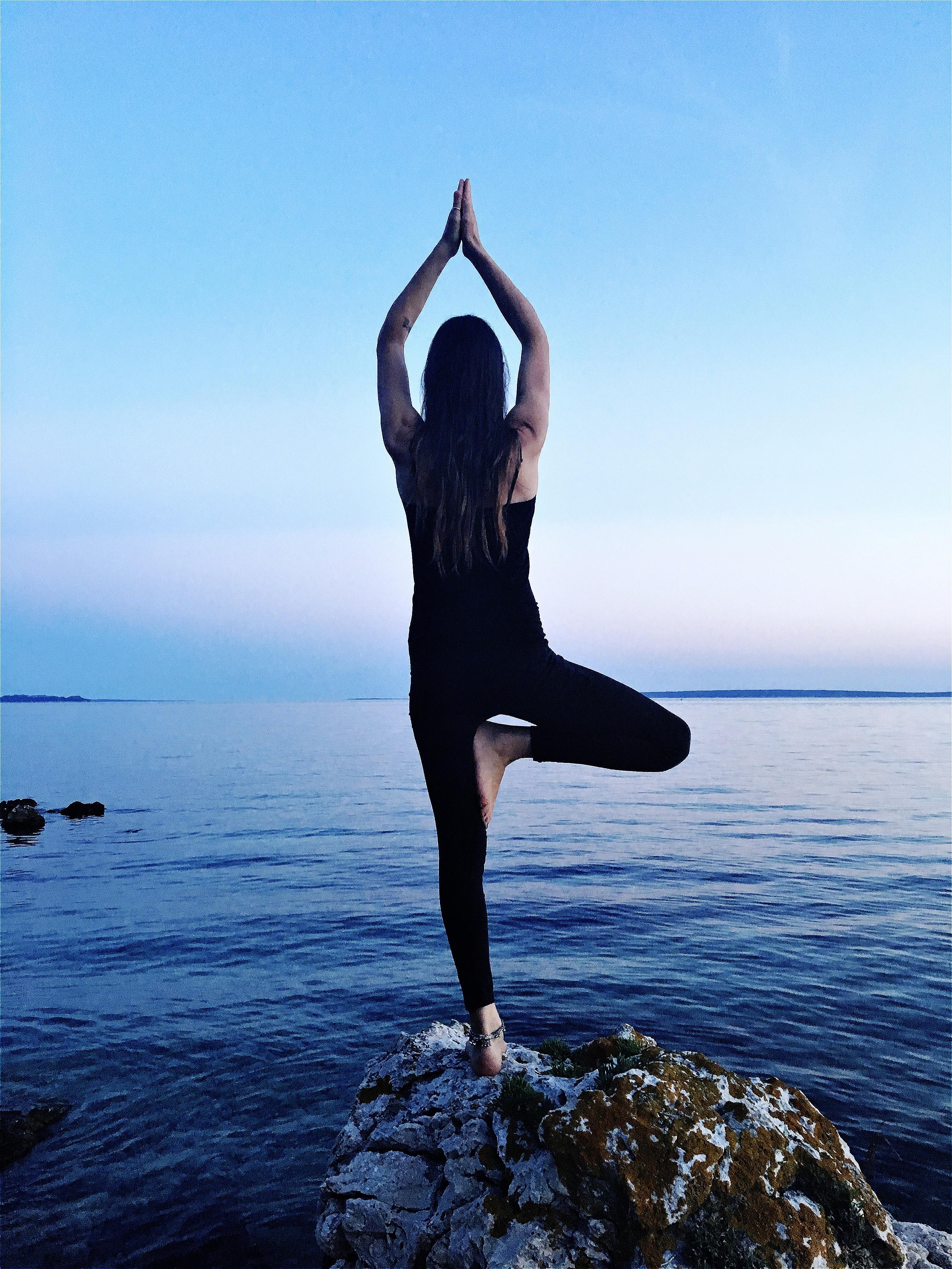 Heike Binder Altziebler_YogaKonfigurationen_IMG_2352