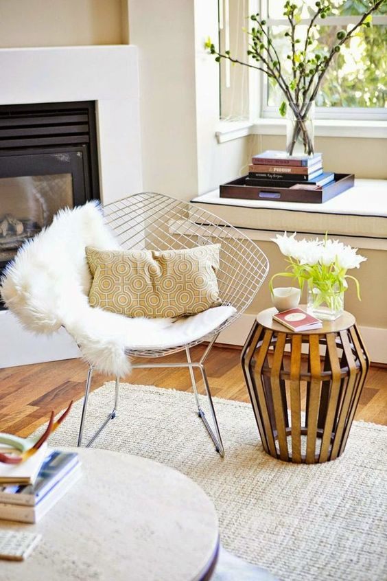 Fonte Imagem: http://www.atelierclassico.com.br/blog/cadeiras-famosas-que-marcaram-epoca/