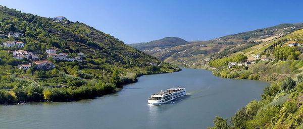 Douro_Panorama_SHIP_eStock_RM_1680x716_t