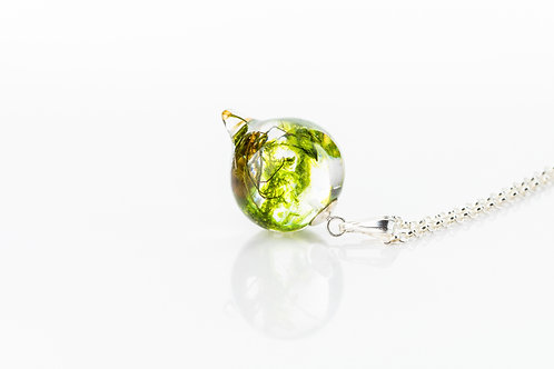 Moss resin pendulum sterling silver necklace