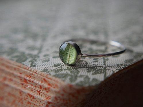Oak leaf sterling silver resin stacking ring