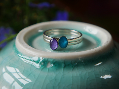 Hydrangea and wild violet petal sterling silver resin stacking ring duo