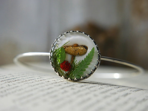 Wild mushroom, strawberrry, bracken and moss sterling silver botanical bangle