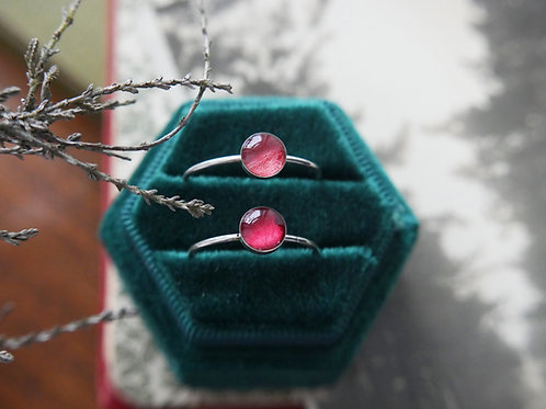 Wild rose and wild strawberry sterling silver resin stacking ring duo