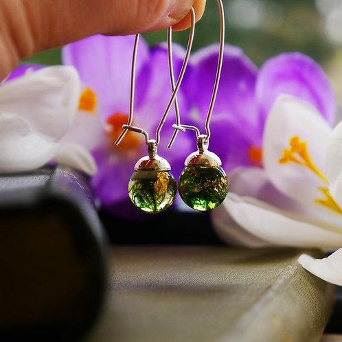 Moss & gold sterling silver kidney wire earrings