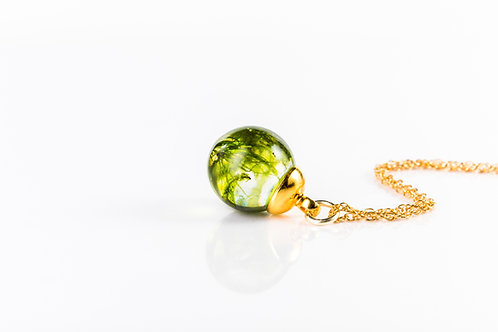 Moss gold fill resin sphere necklace