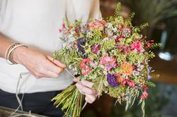 Blumenstrauß Floristin handgemacht
