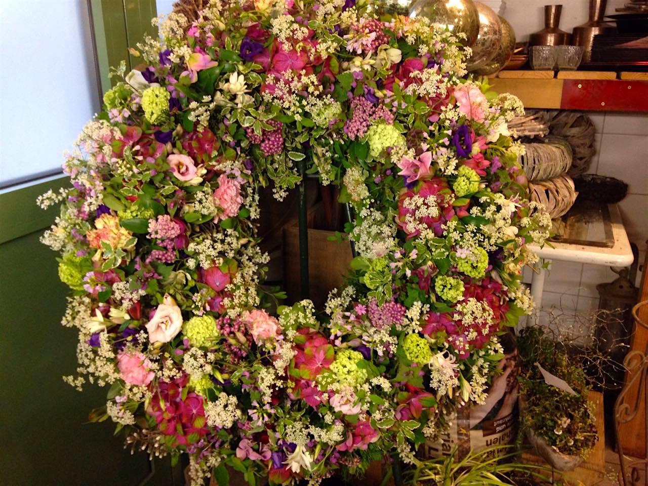 Trauerkranz Wiesenblumen