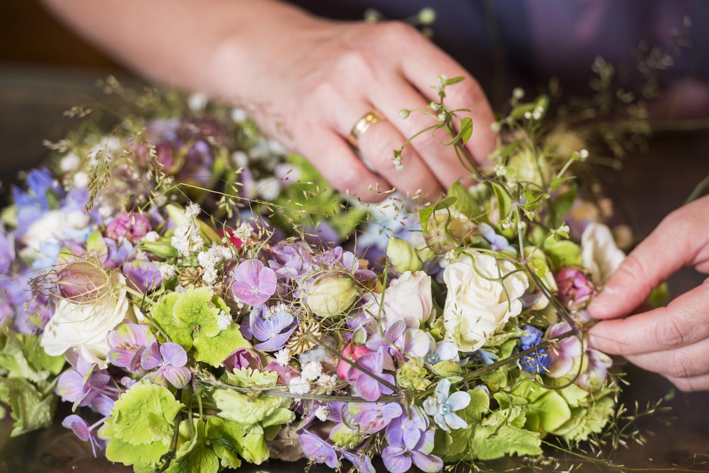 Blumenstrauß, Floristin handgemacht