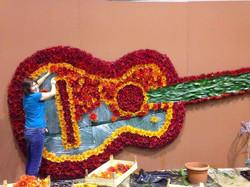 Dekoration Gitarre Blumen