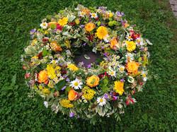 Beerdigung Kranz Wiesenblumen