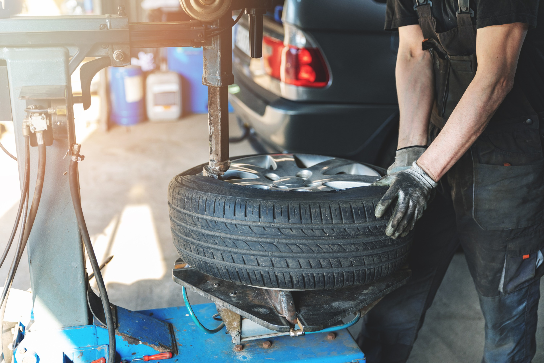 SaveU Mobile Tyres Booking Slot Services
