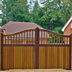 Garden & driveway gates