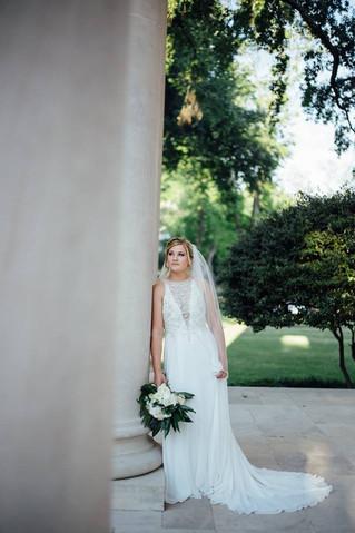Molli's Bridals