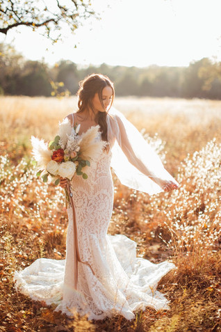 Hannah's Bridals