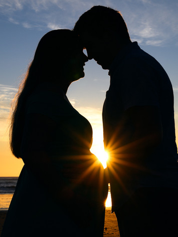 Maternity and Couples Photographer