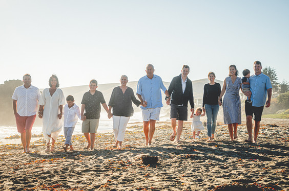 Large Family Photographer, Beach Photos,Cayucos , Morro Bay, San Luis Obispo, Paso Robles, Templeton, Fresno, Los Osos, Photographer