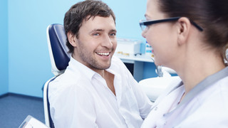 Kaip prižiūrėti dantis sergant periodontitu