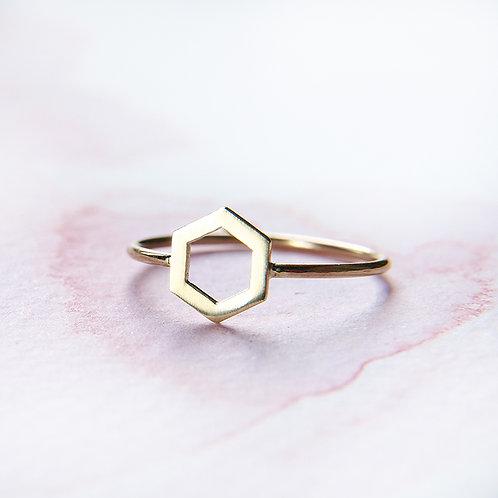 Kopia Subtle golden hexagon ring 14k