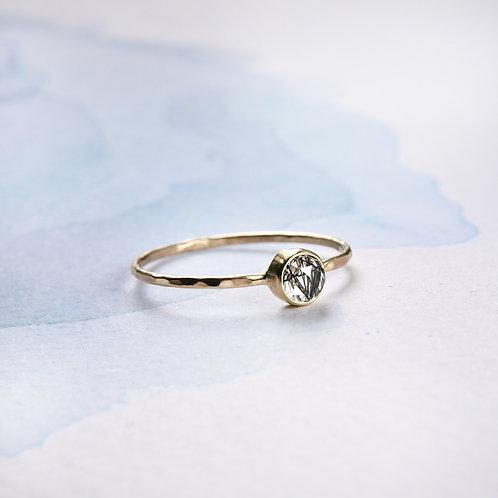 Złoty pierścionek z fasetowanym kwarcem turmalinowym 14k