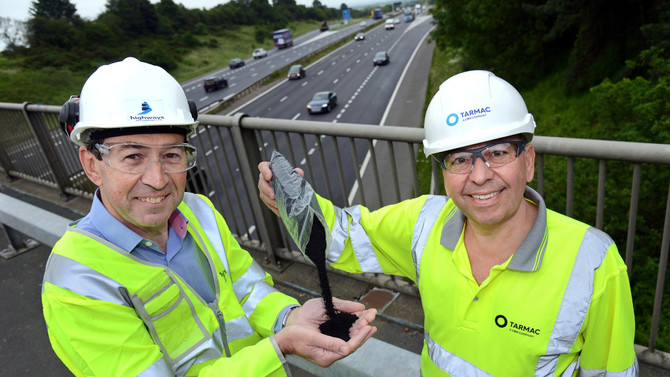 M1 motorway is being resurfaced with recycled tyres