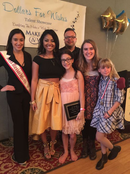 Miss Massachusetts with Amaryllis 'Lilly' Rodriguez and my loved Alex and Iris Davies!!