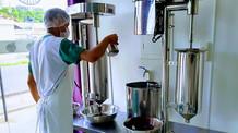 Pesquisa da Embrapa mostra que tratamento térmico não altera sabor de açaí
