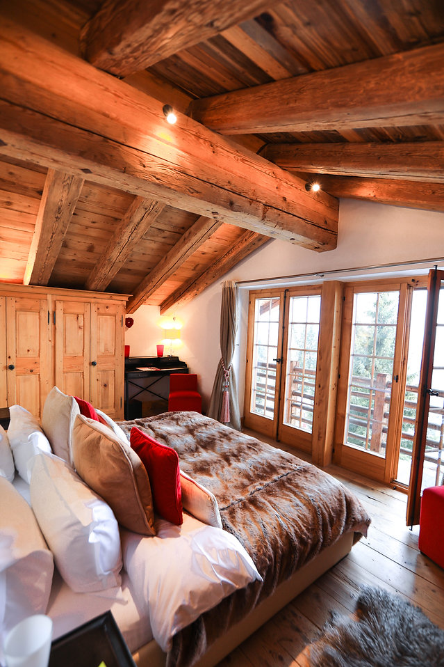 Master bedroom at Chalet Milou