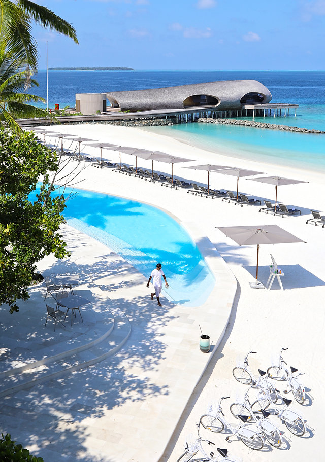 View of the pool and Whale Bar - St Regis Maldives