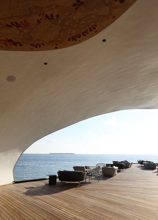 The Whale Bar - St Regis Maldives
