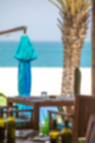 Seaside dining at Anantara Al Yamm