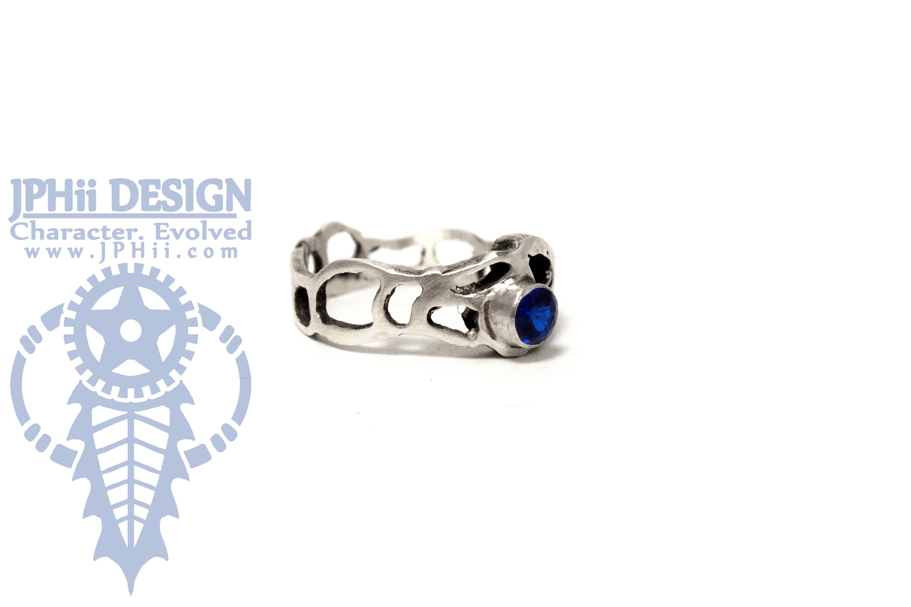 Spinnel Serpula Ring