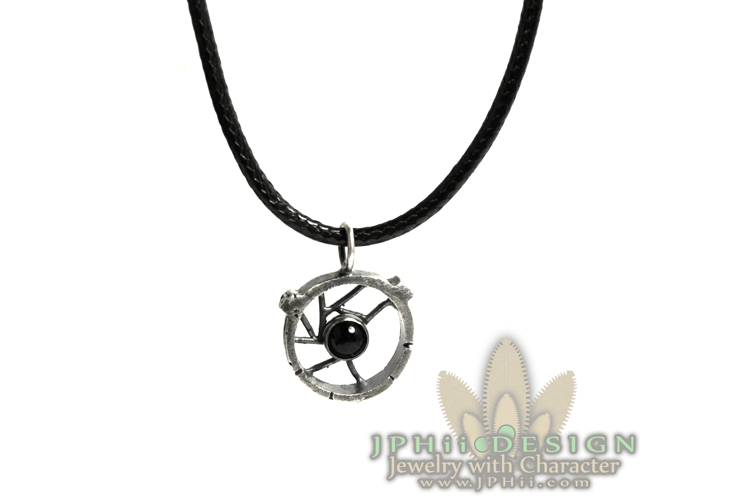 Reclaimed_Round_Onyx_Necklace-SMALL