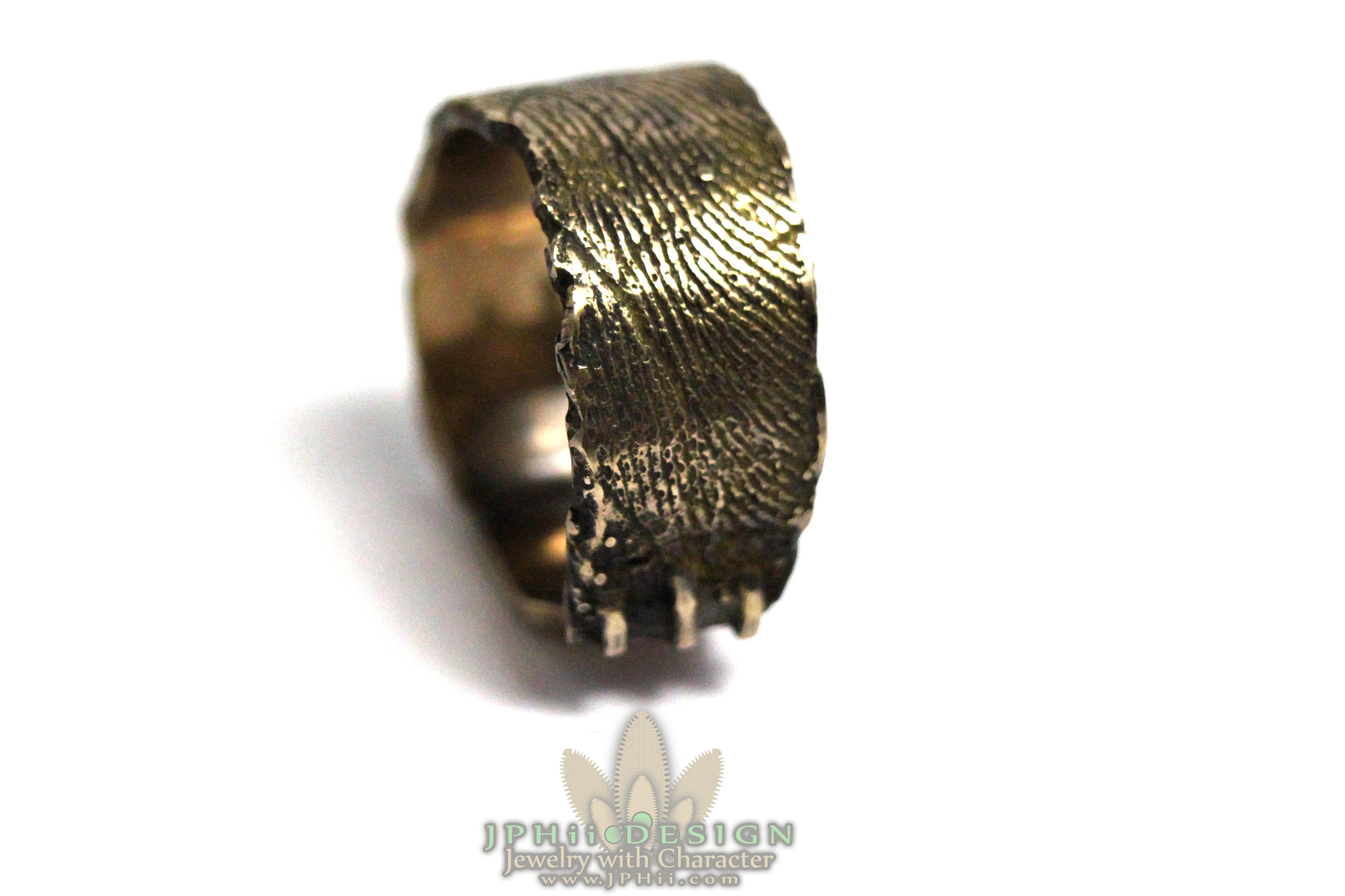 Sweden Ring