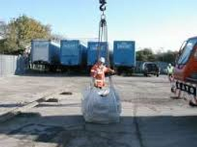 Our slinger signaller training to gain a CPCS card is to the CITB standards.