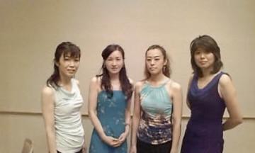 2009/11/13: 女の子バンド!?
