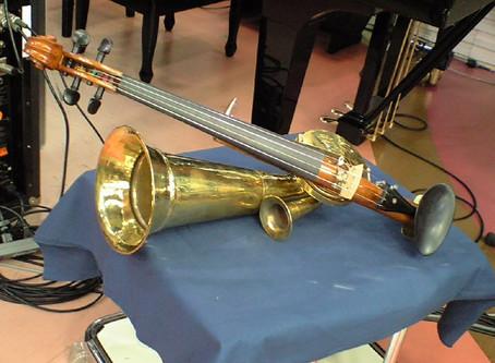 2008/09/16: ラッパ付バイオリン