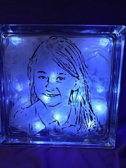 Lighted Glass Sillouette Box