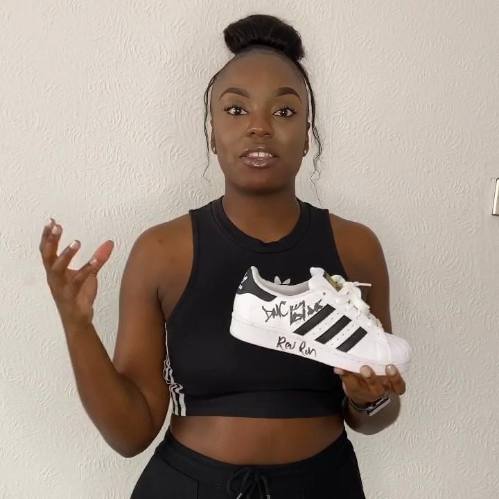 "60 Second Kicks || Adidas Superstar ""Signed by Run DMC"""