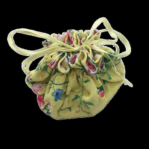 Drawstring Pouch (Medium) - Roses