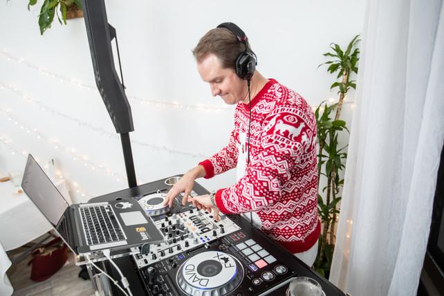White Room Christmas Party-080.jpg